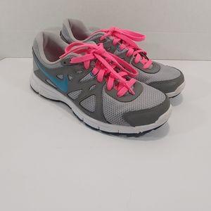 Womens nike rev 2 running shoe size 8.5